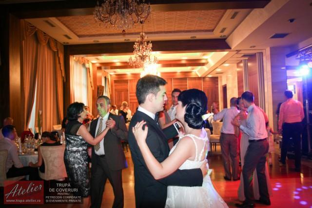 trupa-nunta-hotel-metropolis-bistrita-IMG_5720