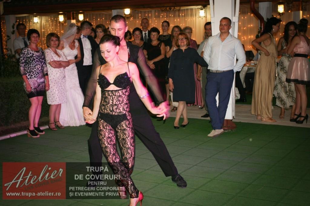 Dansatori profesioniști nuntă București