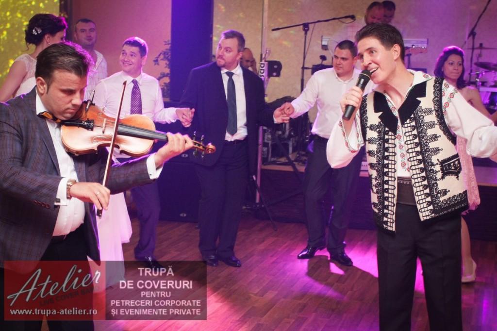 Nicușor Iordan la nuntă acompaniat de Andrei Racu (vioară) și Trupa Atelier