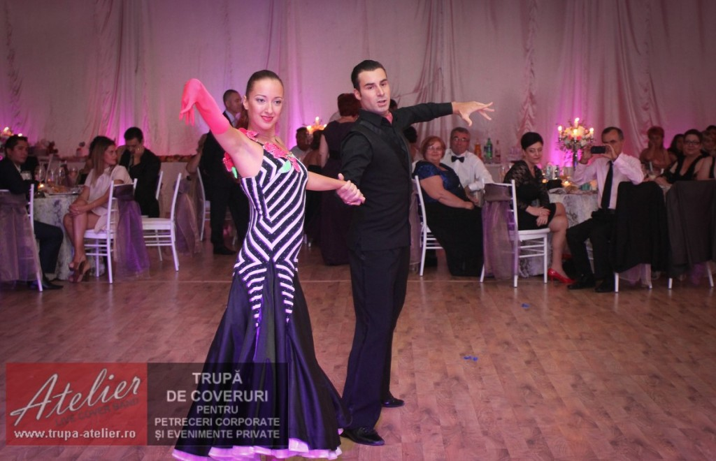 Show dansatpri nunta