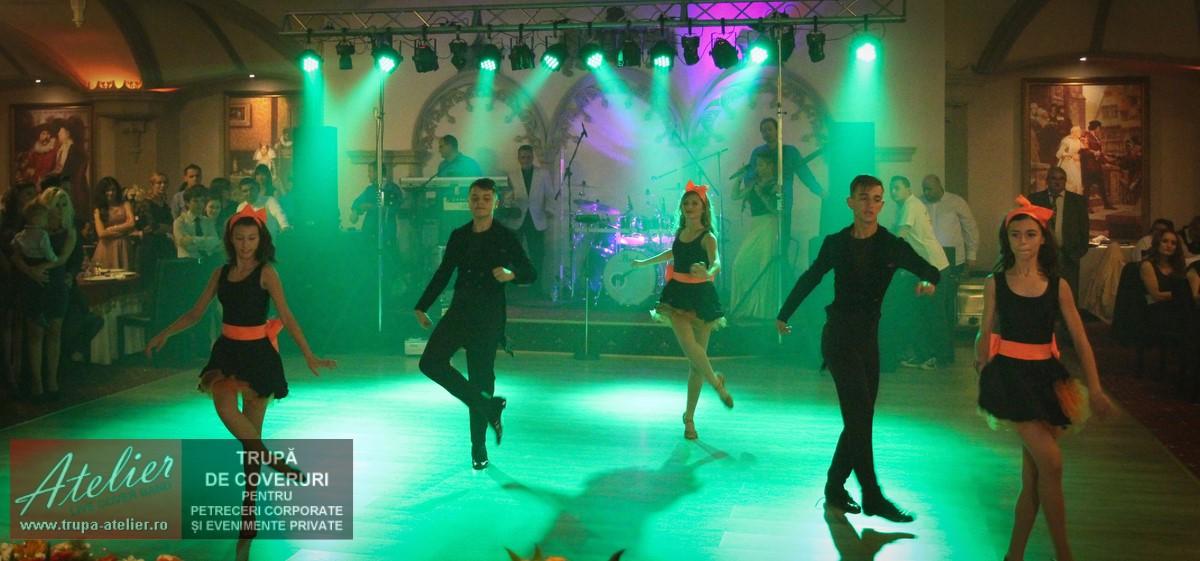 Dansatori nunta - Aristocratique Dance