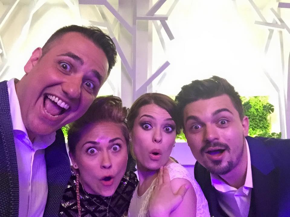 alecsandra-si-bogdan-selfie-nunta