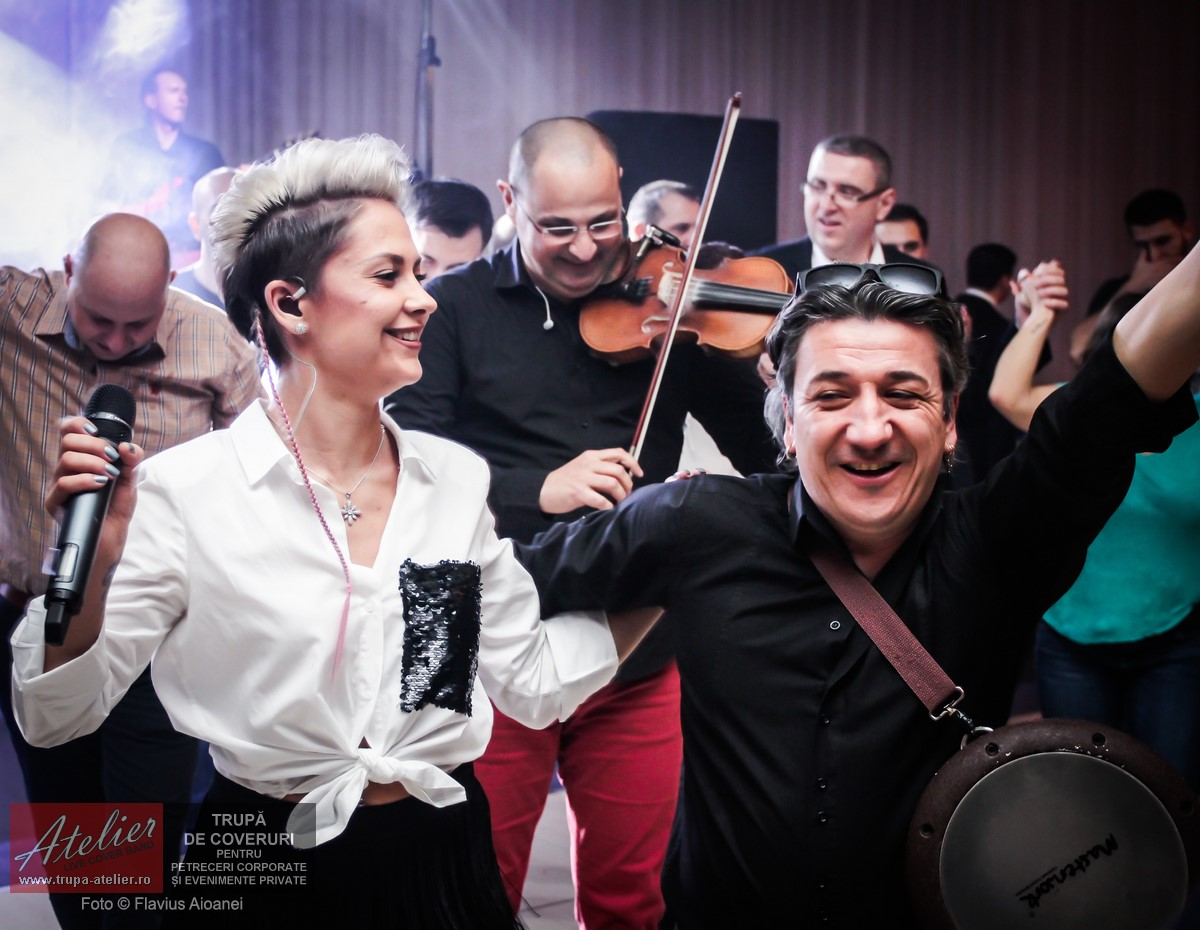 Fotografii Petrecere Corporate La Rin Grand Hotel București 31